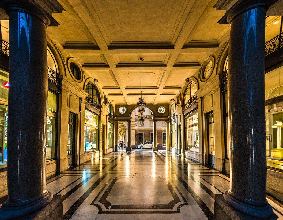 La Credenza Galleria San Federico : Galleria san federico