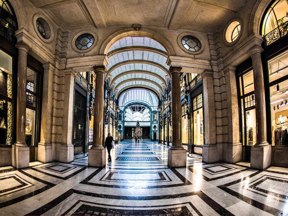 La Credenza Galleria San Federico : Arriva fiorfood in galleria san federico